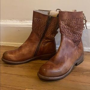 Gorgeous handcrafted leather boots